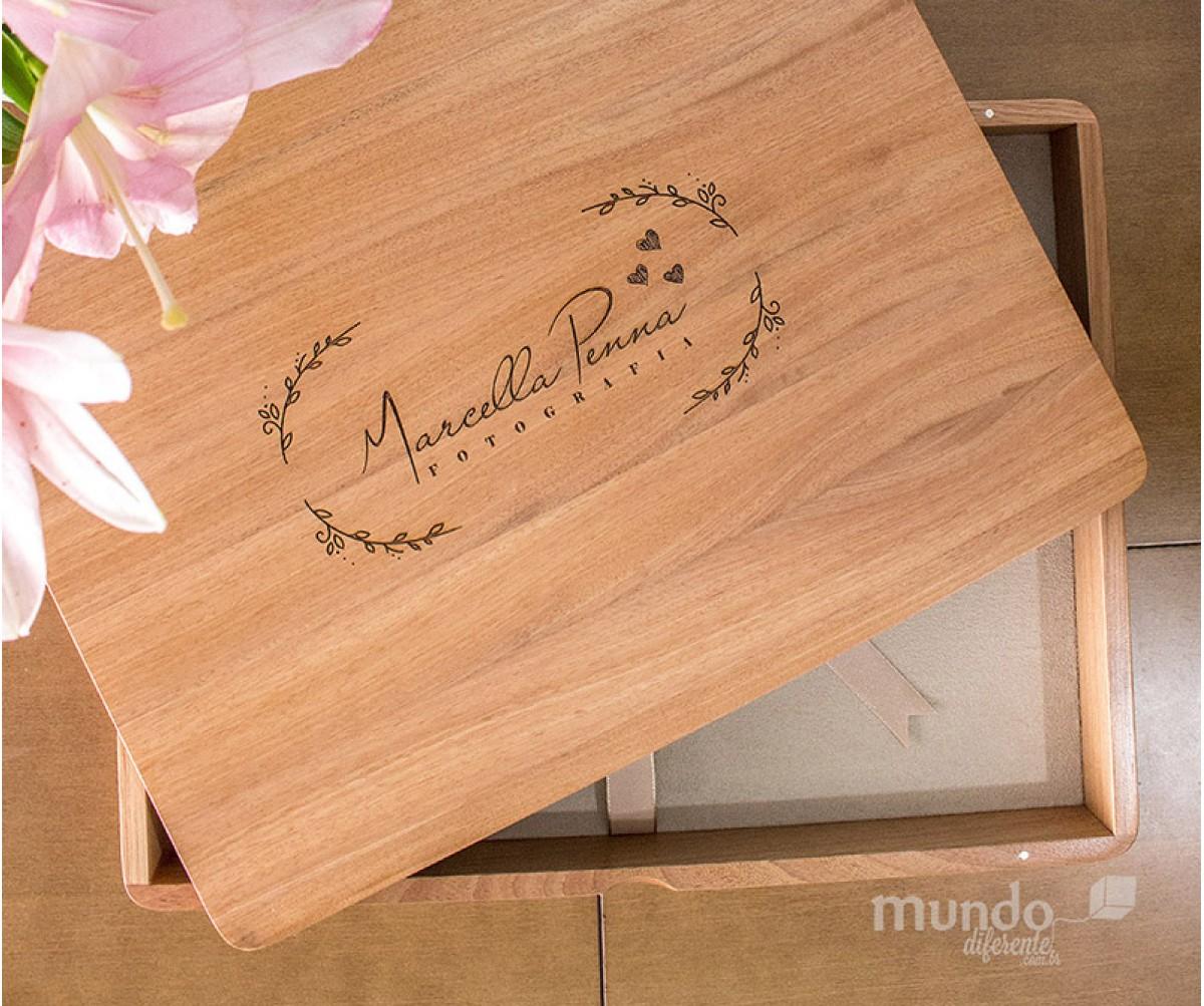 Wood Box Caixa de Madeira Horizontal - Jequitibá Rosa  43,0 x 30,8 x 6,0 cm