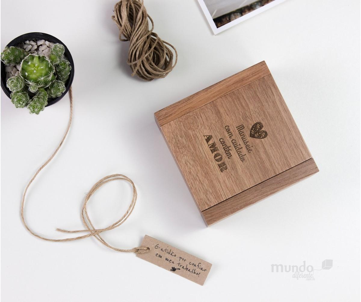 NOVA Unique Box - Caixa de Madeira em Jequitiba Rosa 10x10cm