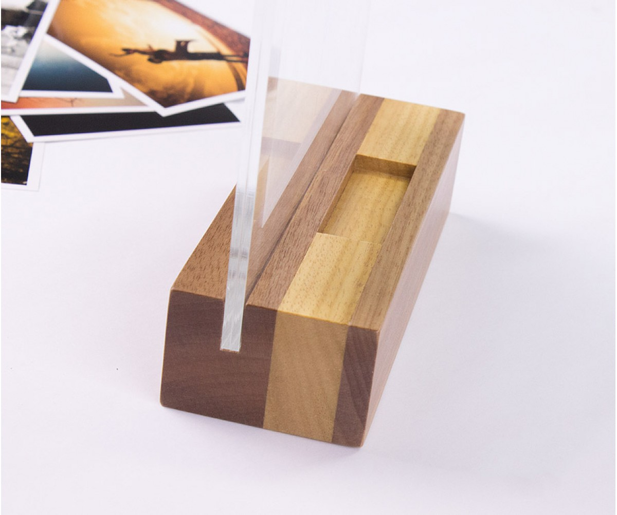 Wood Frame - Porta retrato 10x15 Horizontal com suporte para pendrive